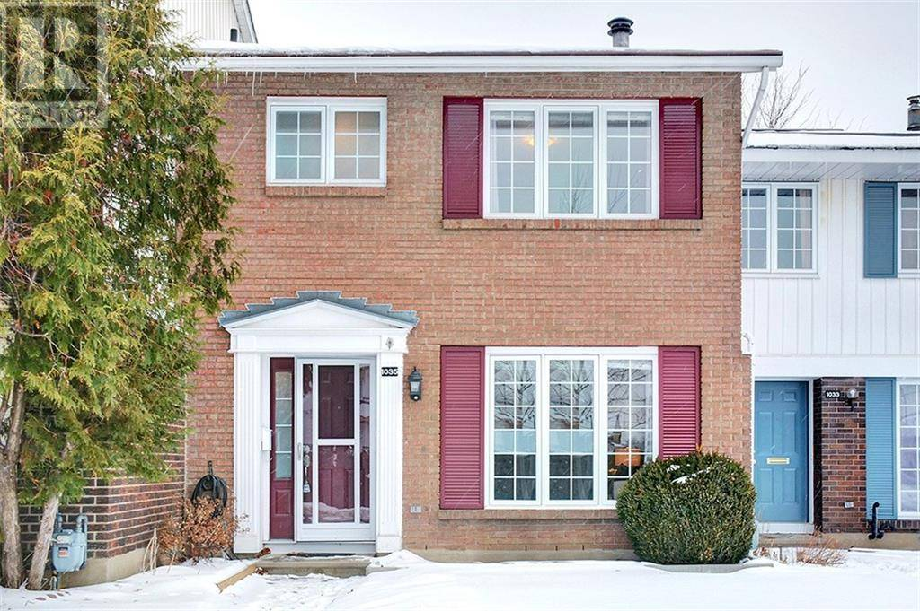 Townhouse for sale at 1035 Meadowlands Dr E Ottawa Ontario - MLS: 1186890