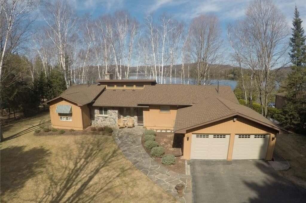 House for sale at 1035 Regency Dr Haliburton Ontario - MLS: 254453