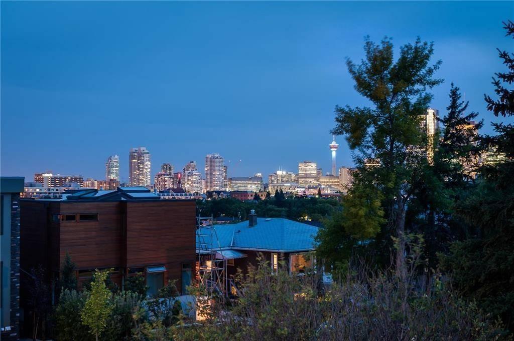 Home for sale at 1036 Drury Ave Ne Bridgeland/riverside, Calgary Alberta - MLS: C4233851