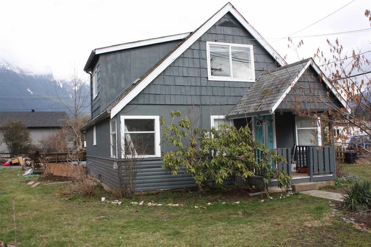 Removed: 1037 3rd Avenue, Hope, BC - Removed on 2018-10-