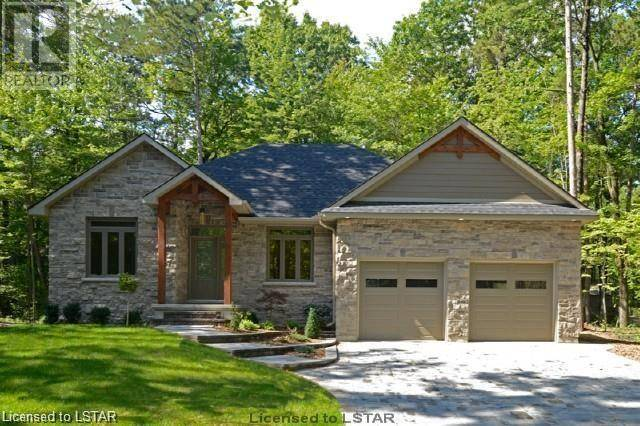 House for sale at 10379 Grand Oaks Dr Grand Bend Ontario - MLS: 215729