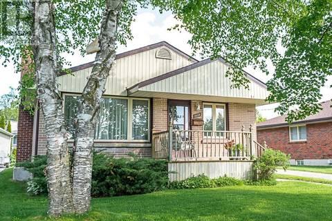 House for sale at 1038 Glebemount Cres Peterborough Ontario - MLS: 200585