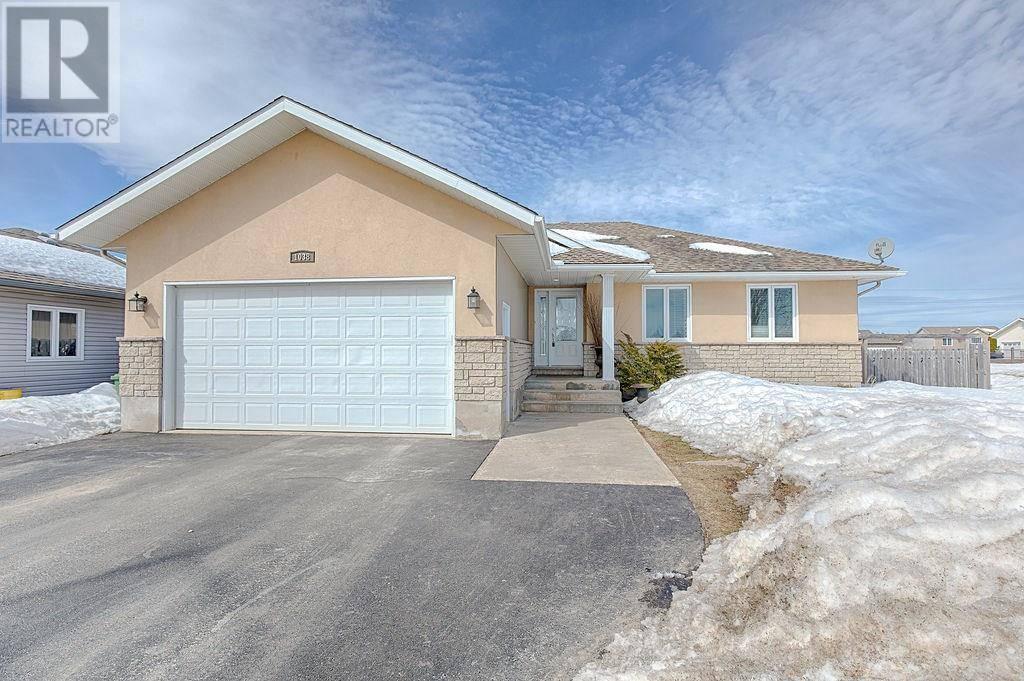 House for sale at 1038 Limestone Tr Petawawa Ontario - MLS: 1186612