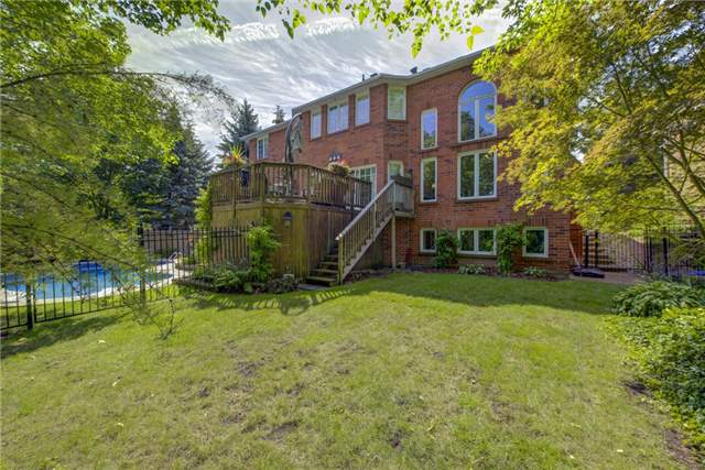 For Sale: 1039 Skyvalley Crescent, Oakville, ON | 4 Bed, 4 Bath House for $1,699,000. See 20 photos!