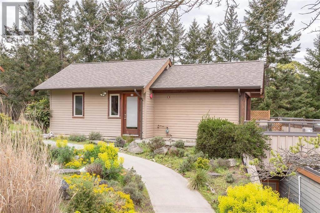 Home for sale at 494 Arbutus Dr Unit 103c Mayne Island British Columbia - MLS: 411190