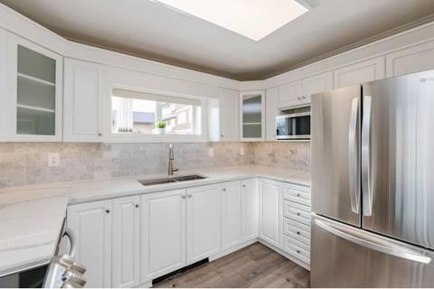 Condo for sale at 15284 Buena Vista Ave Unit 104 White Rock British Columbia - MLS: R2433339