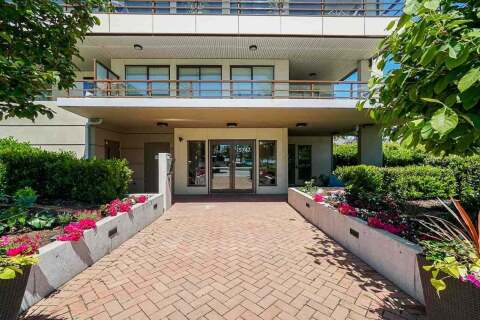 Condo for sale at 15747 Marine Dr Unit 104 White Rock British Columbia - MLS: R2459066