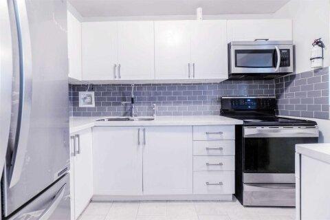 Condo for sale at 2121 Roche Ct Unit 104 Mississauga Ontario - MLS: W4999800