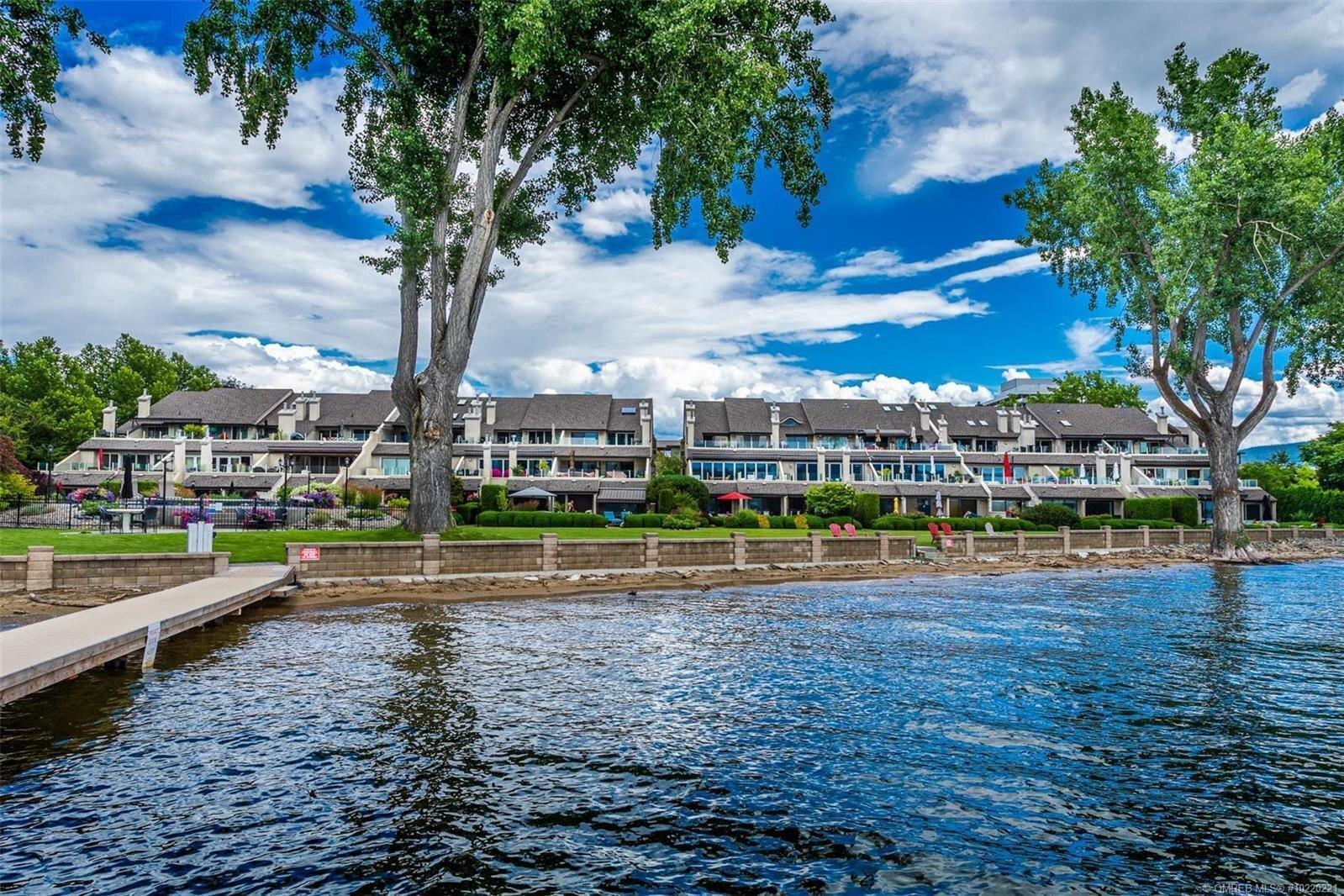 Townhouse for sale at 2900 Abbott St Unit 104 Kelowna British Columbia - MLS: 10220221