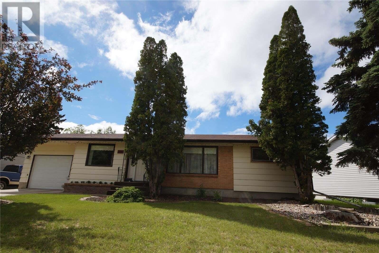 House for sale at 104 2nd Ave Rosthern Saskatchewan - MLS: SK814124