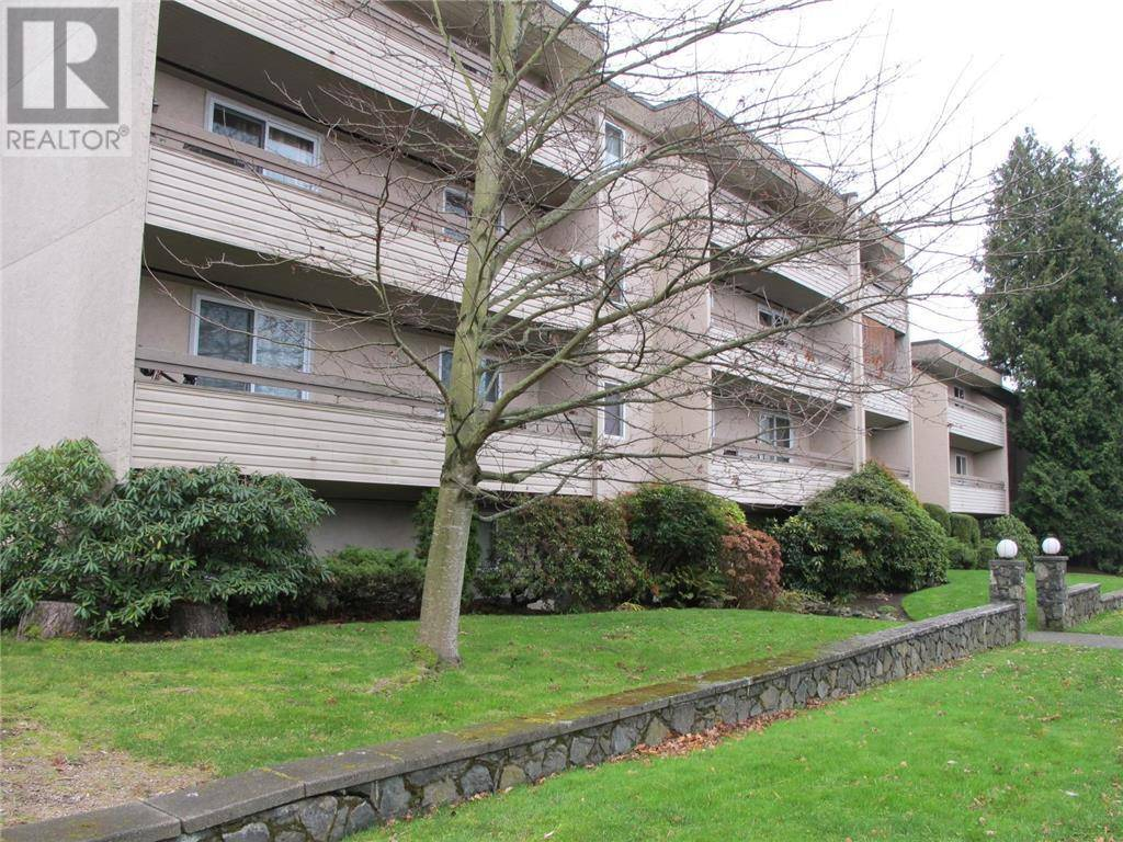 Condo for sale at 3235 Quadra St Unit 104 Victoria British Columbia - MLS: 419282