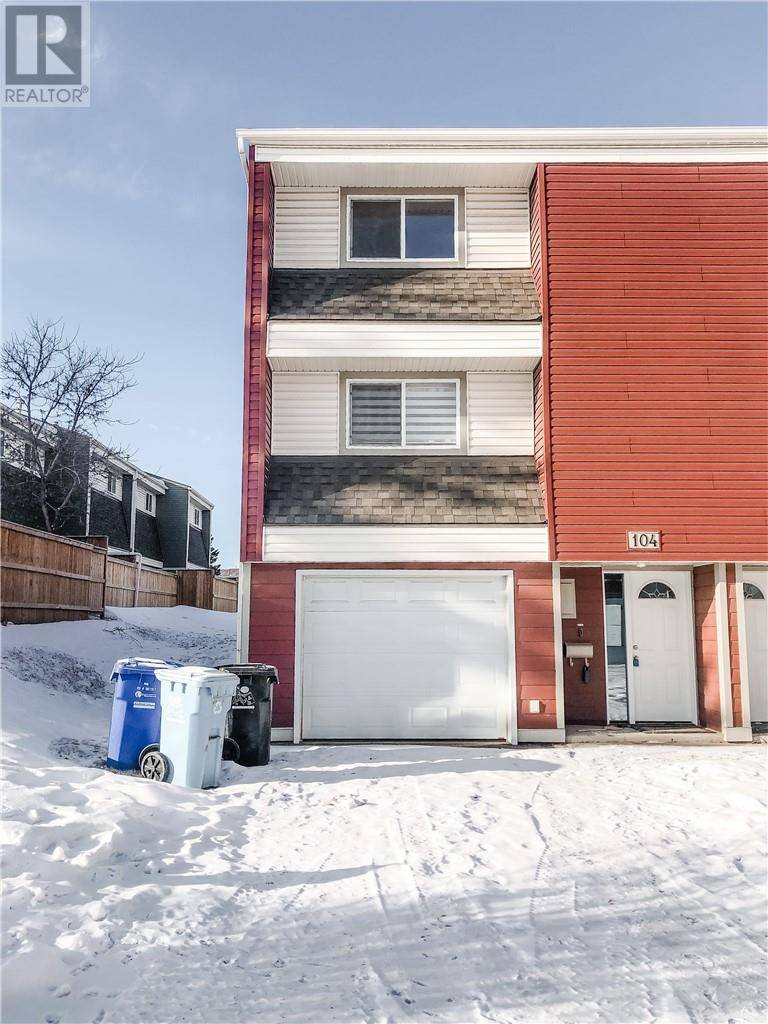 Townhouse for sale at 400 Silin Forest Rd Unit 104 Fort Mcmurray Alberta - MLS: fm0190407