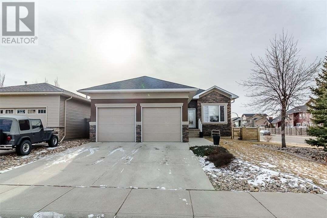 House for sale at 104 Couleecreek Ln Lethbridge Alberta - MLS: LD0192002