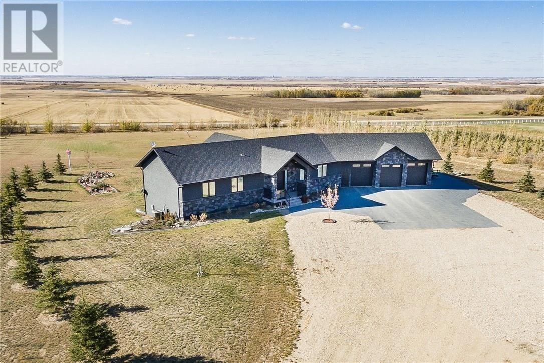 House for sale at 104 Deer Run Vw Aberdeen Rm No. 373 Saskatchewan - MLS: SK827036