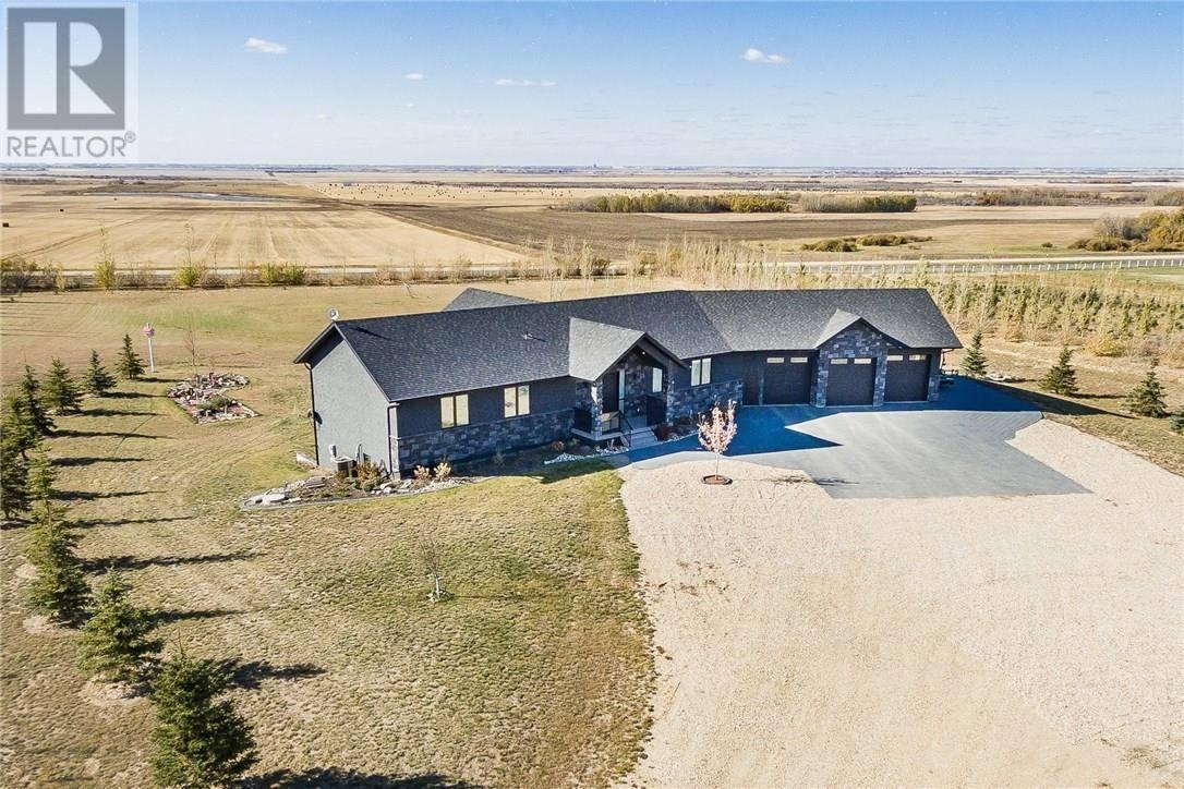House for sale at 104 Deer Run Vw Aberdeen Rm No. 373 Saskatchewan - MLS: SK750870