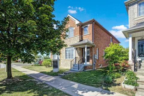 Townhouse for sale at 104 Forest Run Blvd Vaughan Ontario - MLS: N4812649