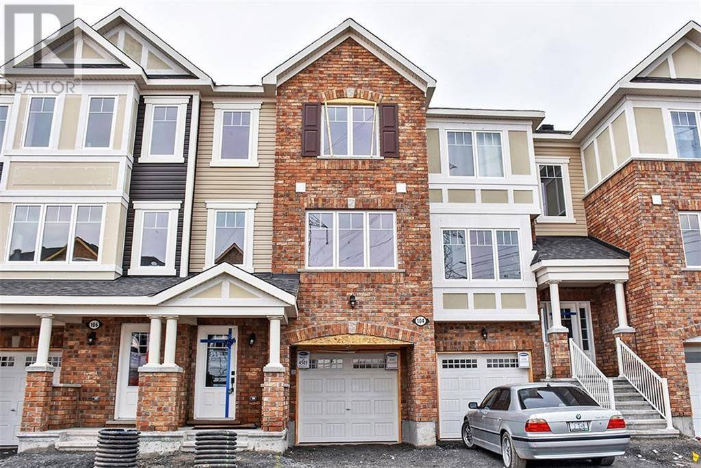 Townhouse for rent at 104 Gelderland Pt Ottawa Ontario - MLS: 1187967