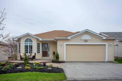 House for sale at 104 Gracehill Cres Hamilton Ontario - MLS: X4454031