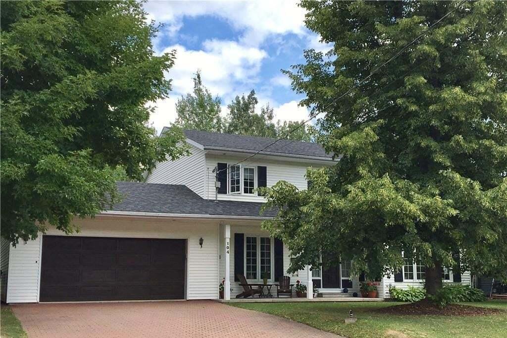 House for sale at 104 Leblond St Edmundston New Brunswick - MLS: NB043943