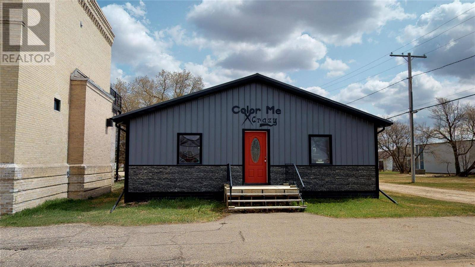 Commercial property for sale at 104 Main St Arcola Saskatchewan - MLS: SK758993