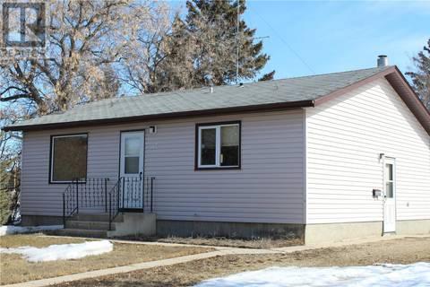 House for sale at 104 Main St Se Watson Saskatchewan - MLS: SK764034