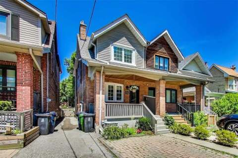 Townhouse for sale at 104 Maplewood Ave Toronto Ontario - MLS: C4821638