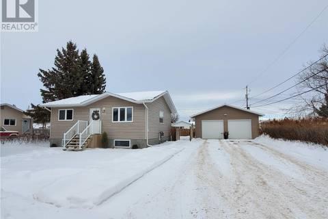 House for sale at 104 Milburn St Melfort Saskatchewan - MLS: SK798315
