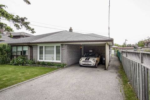 Townhouse for sale at 104 Northover St Toronto Ontario - MLS: W4470551