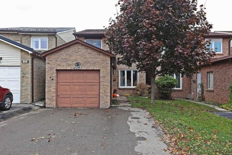 House for sale at 104 Seagrave Cres Toronto Ontario - MLS: E4964903