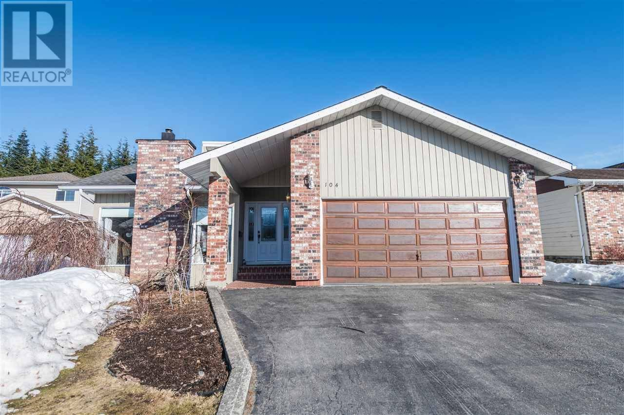 House for sale at 104 Smith St Kitimat British Columbia - MLS: R2445891