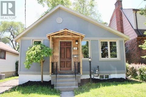 House for sale at 104 Walnut St Brantford Ontario - MLS: 30744645
