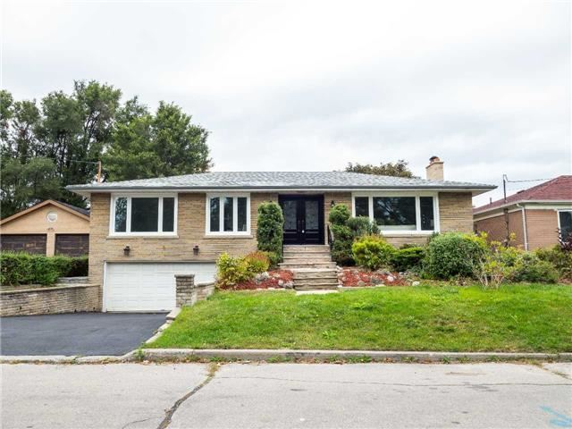 For Sale: 104 Waterloo Avenue, Toronto, ON | 3 Bed, 3 Bath House for $1,799,900. See 12 photos!