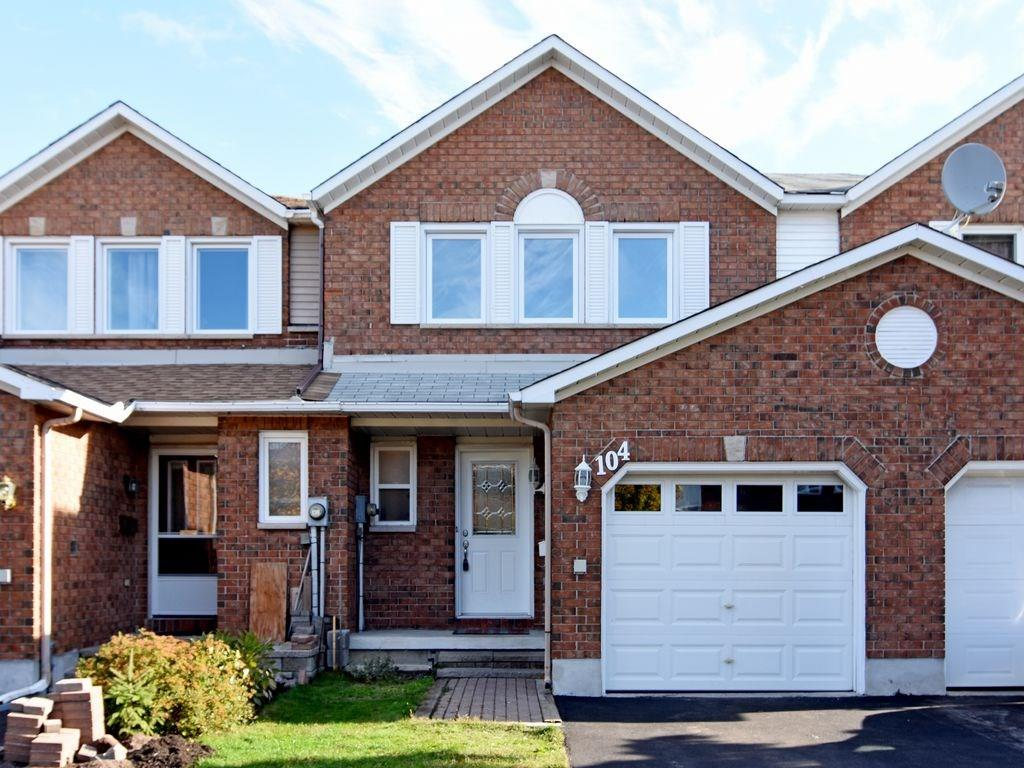 Removed: 104 Woodbury Crescent, Ottawa, ON - Removed on 2018-10-26 05:45:12
