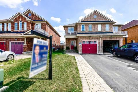 Townhouse for sale at 104 Zia Dodda Cres Brampton Ontario - MLS: W4583016