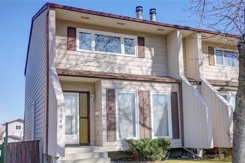 Townhouse for sale at 1040 Berkley Dr Northwest Calgary Alberta - MLS: C4239685