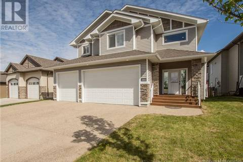 House for sale at 10402 154 Ave Grande Prairie, County Of Alberta - MLS: GP207343
