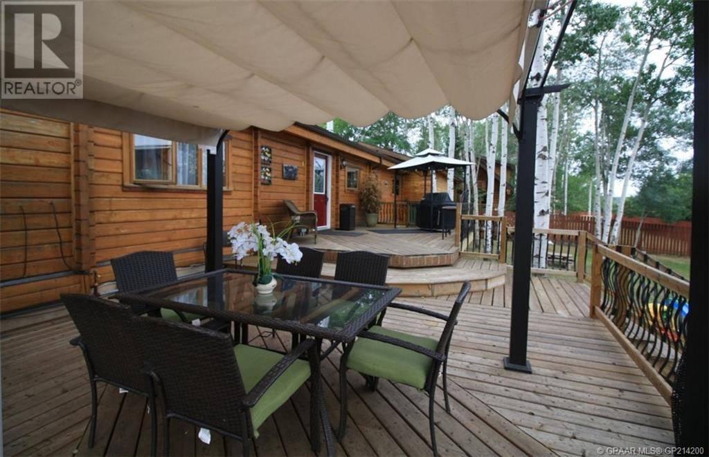 House for sale at 10402 Chinchaga Dr High Level Alberta - MLS: GP214200