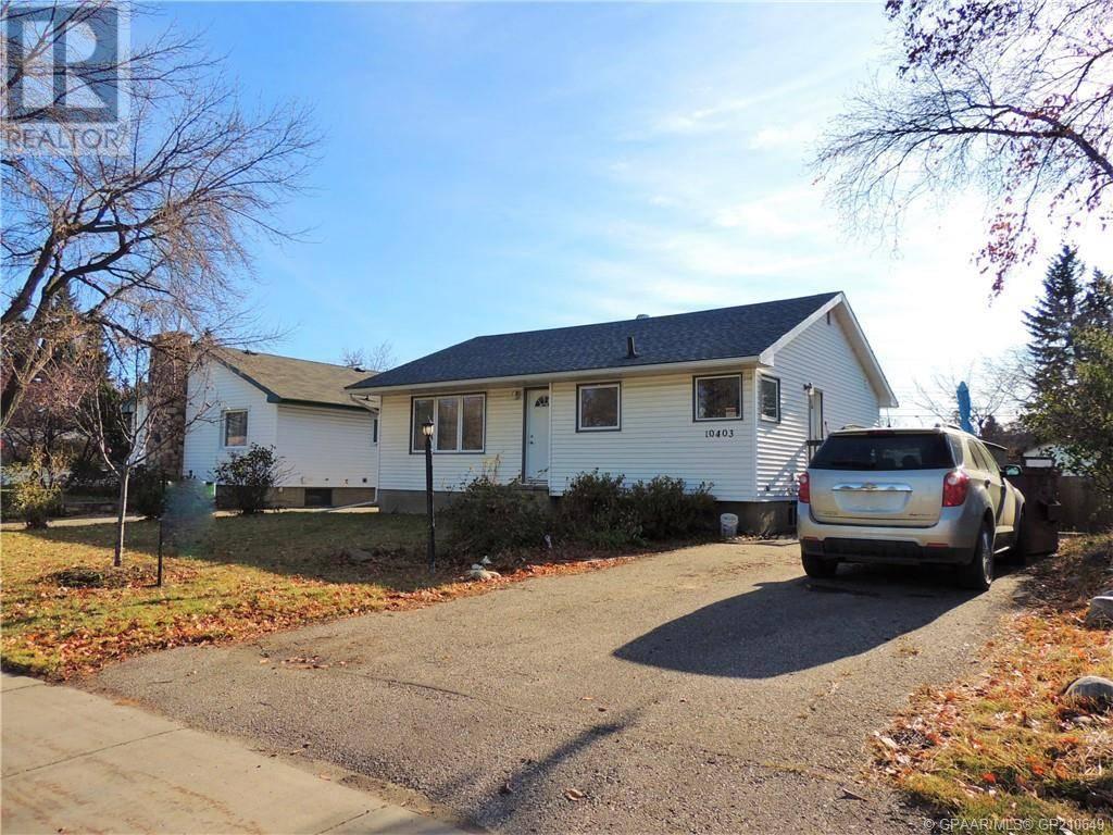 House for sale at 10403 111 Ave Grande Prairie Alberta - MLS: GP210649