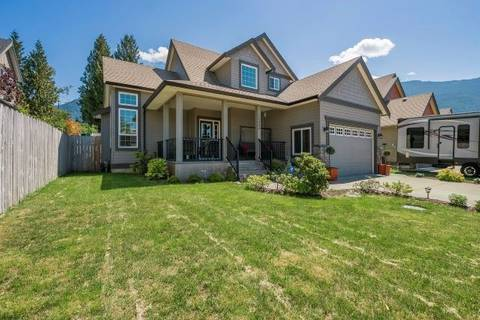 House for sale at 10404 Parkwood Dr Rosedale British Columbia - MLS: R2426470