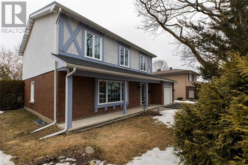 1041 Cahill Drive W, Ottawa | Image 2