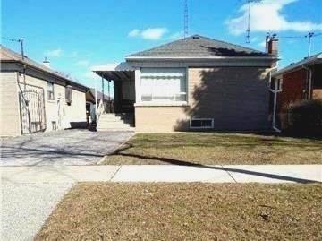 Sold: 1041 Islington Avenue, Toronto, ON