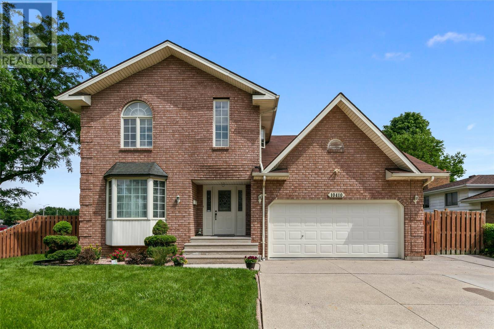 House for sale at 10410 Mulberry  Windsor Ontario - MLS: 19020333