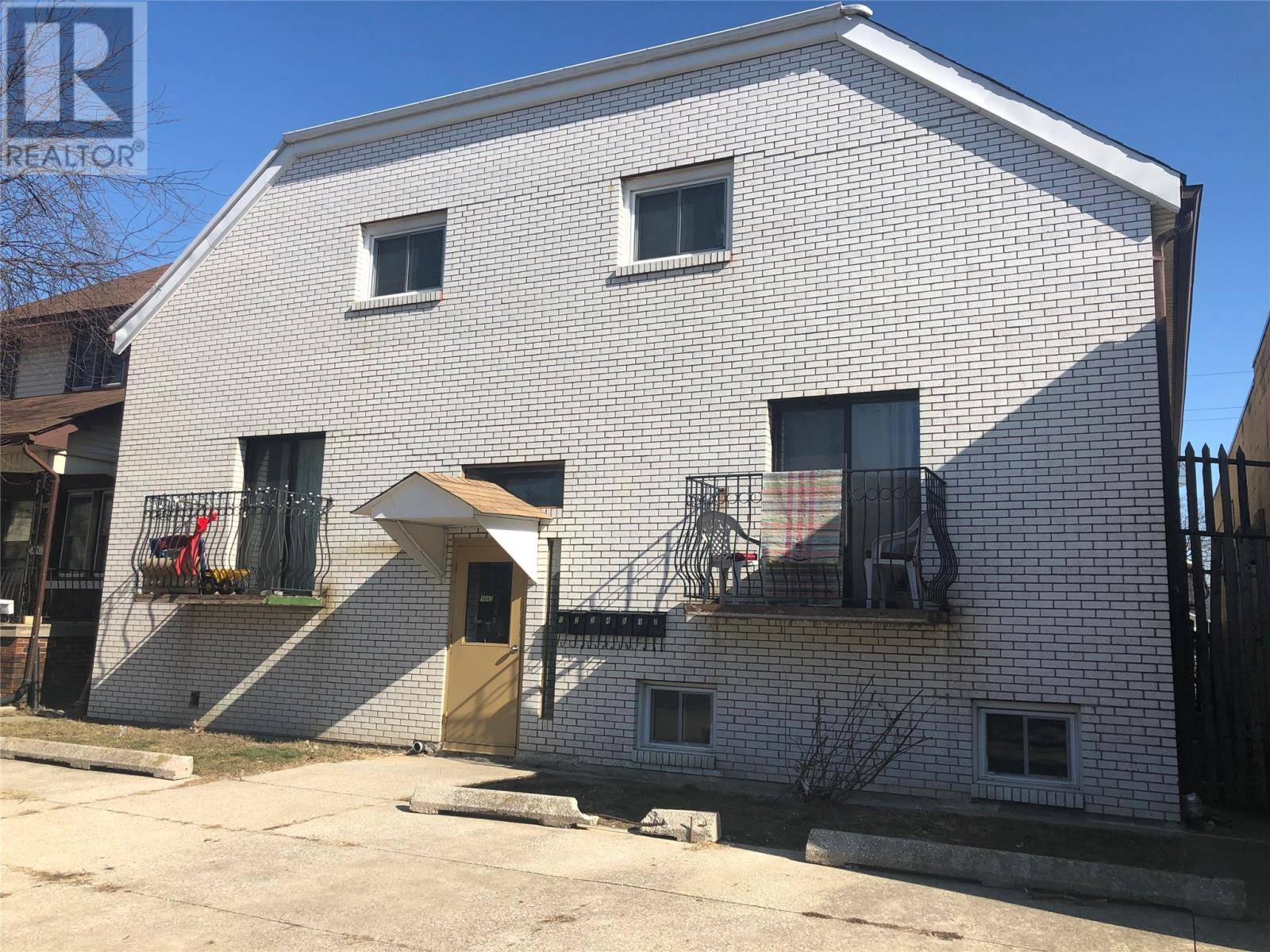 Townhouse for sale at 1042 Langlois  Windsor Ontario - MLS: 20002138