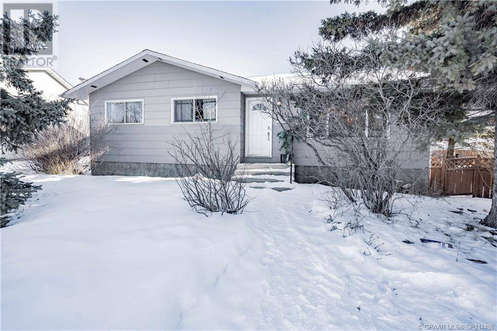 House for sale at 10423 92a St Grande Prairie Alberta - MLS: GP214498