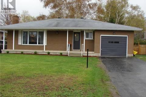 House for sale at 1043 Wellington St Saugeen Shores Ontario - MLS: 183211