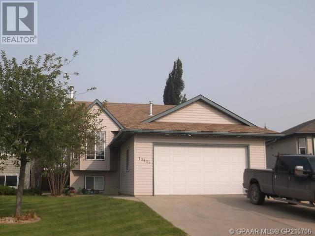 House for sale at 10438 122 Ave Grande Prairie Alberta - MLS: GP210706