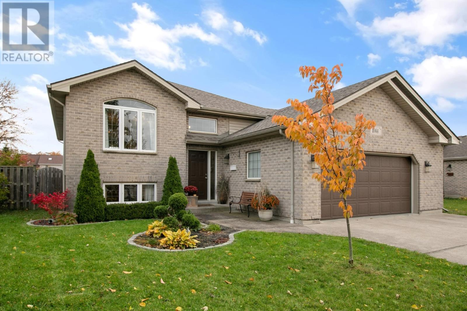 Removed: 1044 Silverdale, Windsor, ON - Removed on 2019-11-16 06:00:10