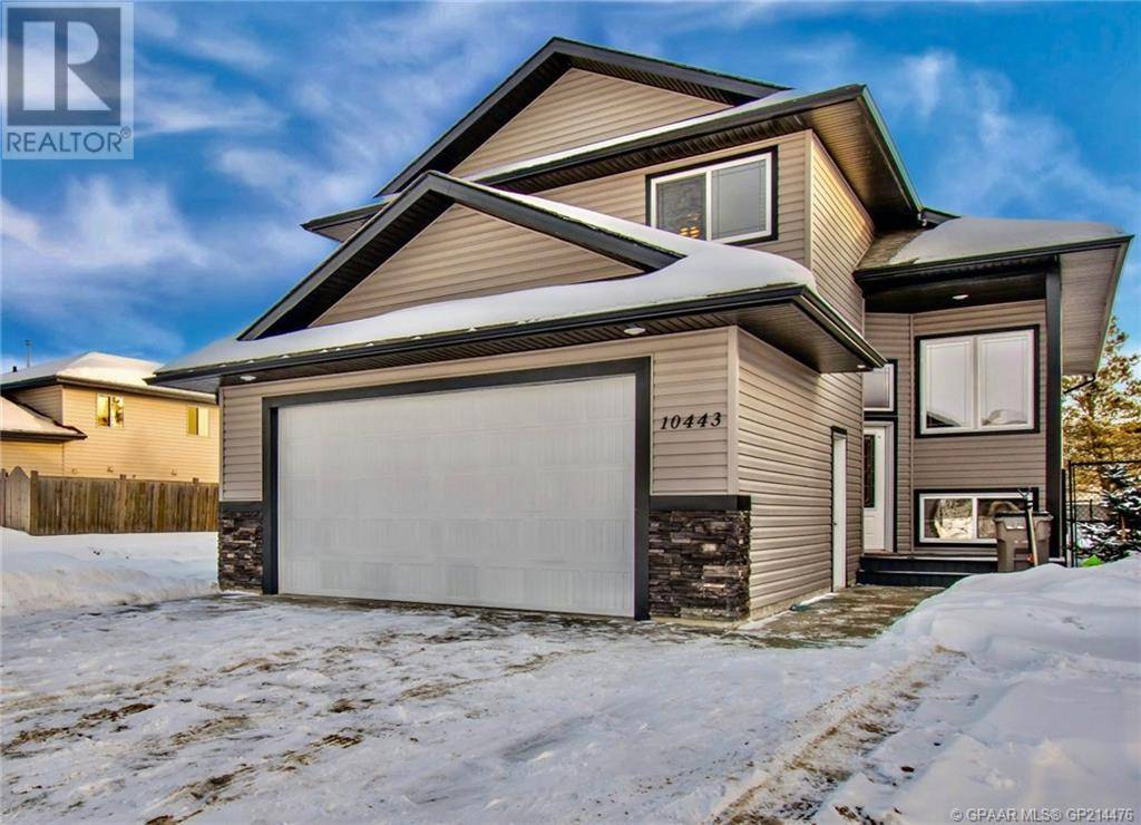 House for sale at 10443 119 Ave Grande Prairie Alberta - MLS: GP214476
