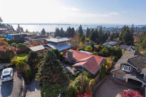 House for sale at 1045 Braeside St West Vancouver British Columbia - MLS: R2354497