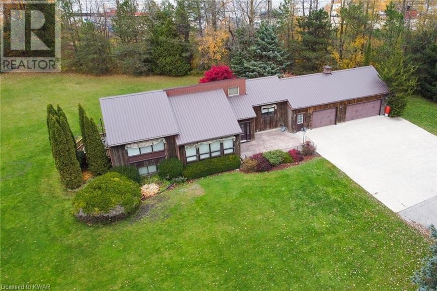 House for sale at 1045 Tremaine Ave South Listowel Ontario - MLS: 40038643